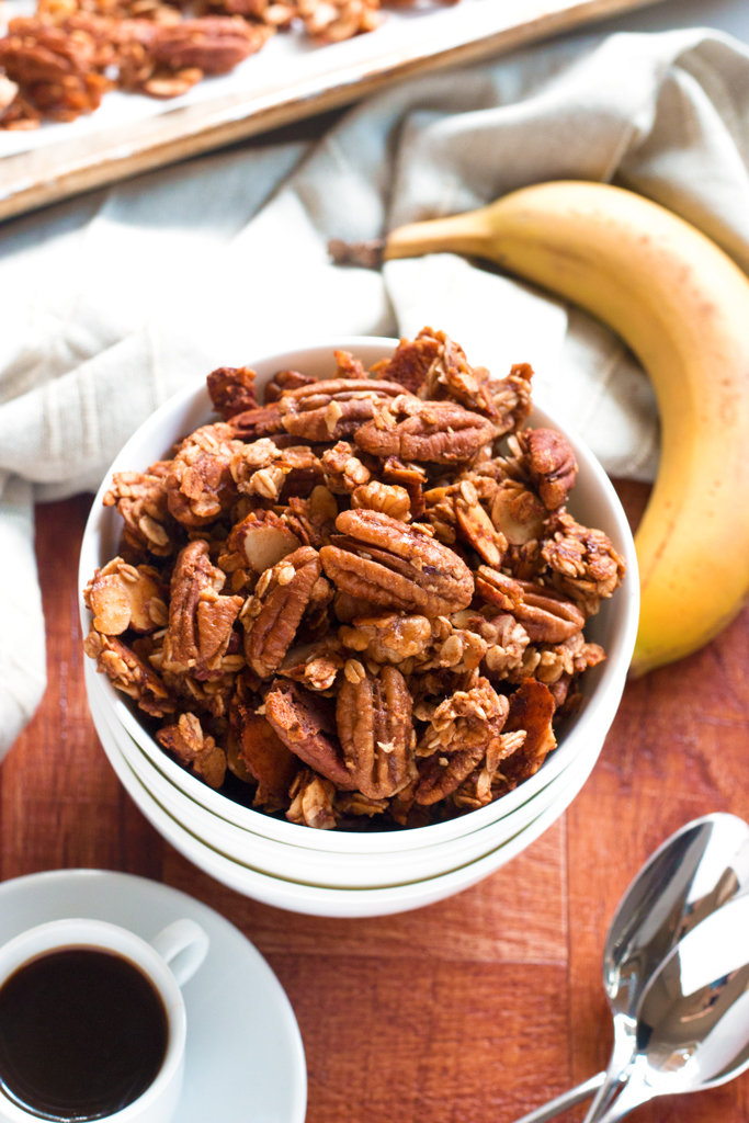 Banana Bread Granola | www.grainchanger.com
