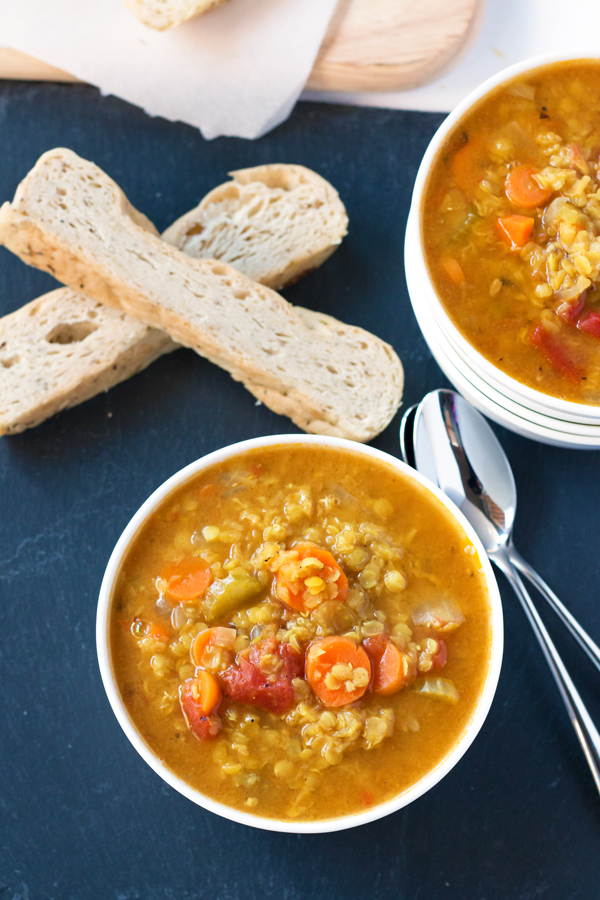 Curried Red Lentil Soup - gluten-free and vegan! | www.grainchanger.com