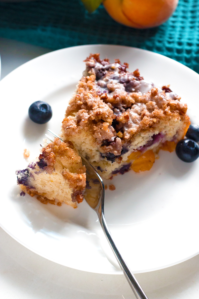 Gluten-Free Blueberry Peach Coffee Cake | www.grainchanger.com