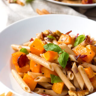 Gluten-Free Butternut Squash and Bacon Penne Pasta | www.grainchanger.com