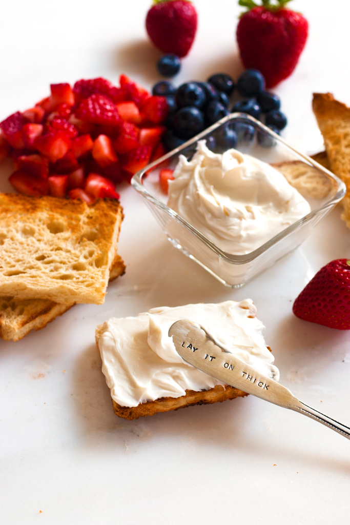 Gluten-Free Patriotic Berry Bruschetta | www.grainchanger.com