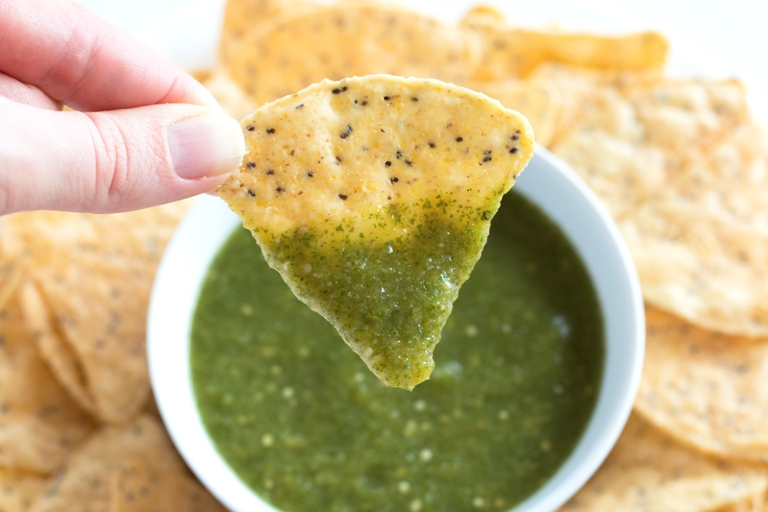 Tomatillo Salsa Verde -- Quick, easy, amazingly flavor and so versatile! | grainchanger.com