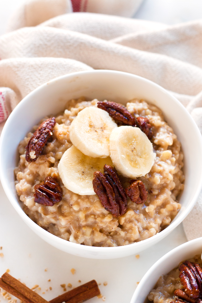 Slow Cooker Overnight Steel Cut Oats | www.grainchanger.com