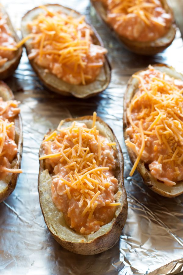 Buffalo Chicken Potato Skins | grainchanger.com