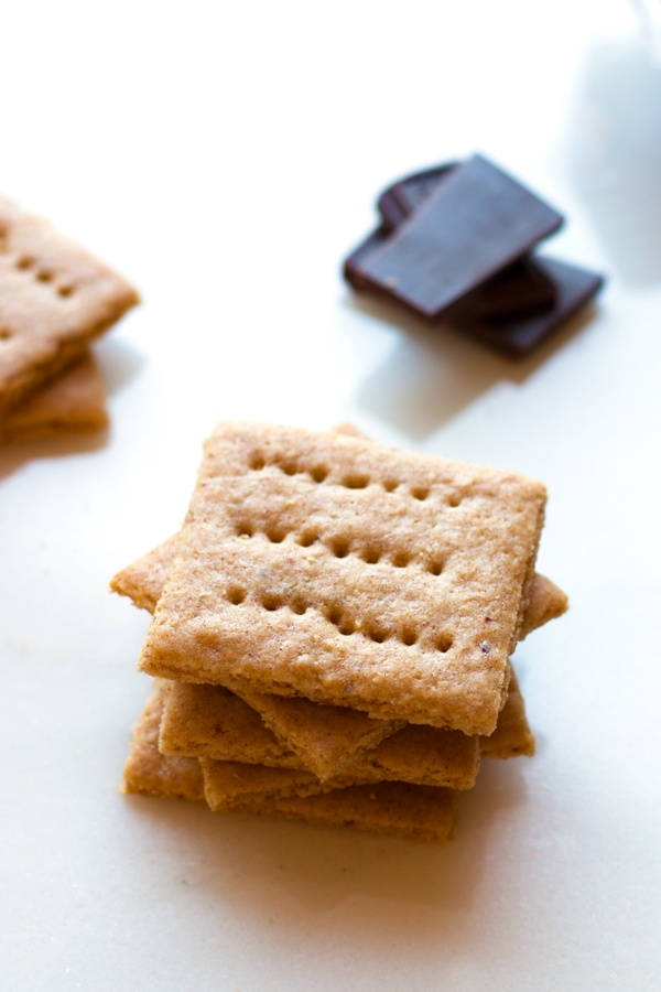 Gluten-free graham crackers! Alomst TOO GOOD to be true. | www.grainchanger.com