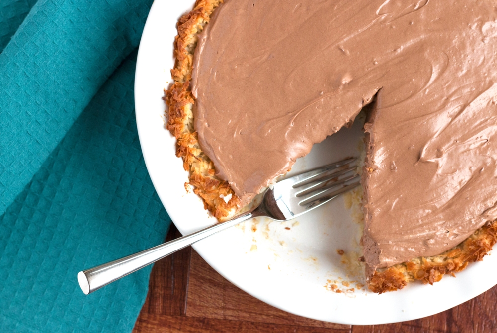 Dig in! This Gluten-free Nutella Pie is divine! | www.grainchanger.com