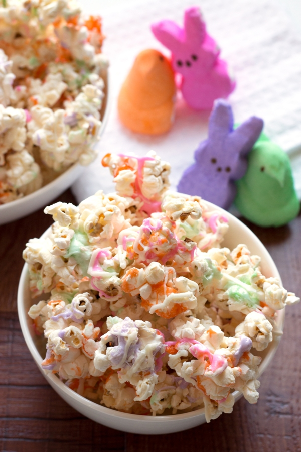 Peeps Popcorn - the perfect Easter treat! | grainchanger.com