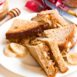 Best Ever Gluten-Free Peanut Butter Banana & Granola Sandwich | www.grainchanger.com