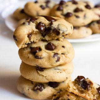 The Best Gluten-Free Chocolate Chip Cookies | www.grainchanger.com