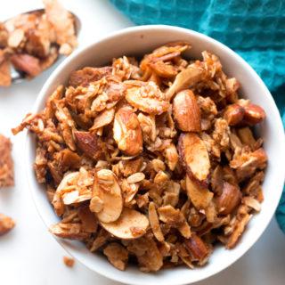 Gluten-Free Coconut Almond Granola | www.grainchanger.com