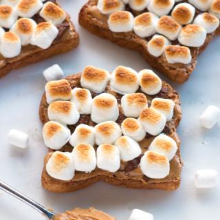 Gluten-Free Fluffernutter S'more Sandwich