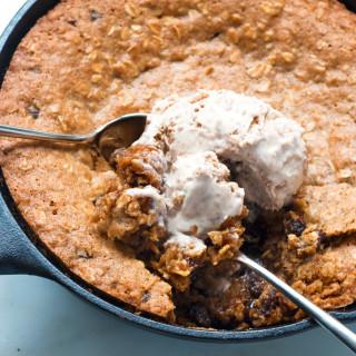 Gluten-Free Oatmeal Raisin Skillet Cookie