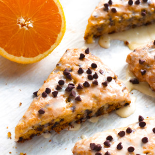 Gluten-Free Orange Chocolate Chip Scones | www.grainchanger.com