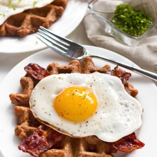 Gluten-Free Savory Bacon Chive Waffles | www.grainchanger.com